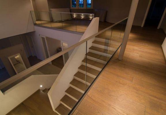 Stiegen und Geländer Beispielbild 01
